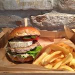 Chicken burger with goat cheese