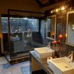 Standard Chalet Bathroom