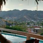 Imagen de la piscina y la vista