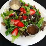 Figaro Signature Salad!