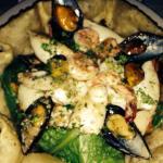Una ensalada de mariscos espectacular