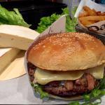 "Le burger du moment ""the tartiflette"""