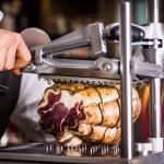 Слайсер Berkel предназначен для тончайшей нарезки прошутто и салями