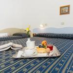 Hotel Ivonne Foto