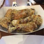 Small order of garlic parmesan wings.