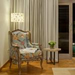Villa Sky-Reading chair