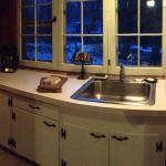 The Lakeview Cottage Kitchen