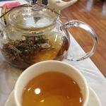 Blooming white tea