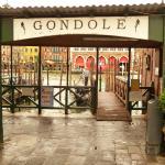 The gondola stop opposite Rialto Mercato
