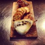 Baked Camembert with Garlic Crostini