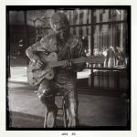 Chet Atkins statue