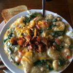 OMG - Amazing shrimp and grits!!!!