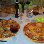 Super Riesen Pizzas