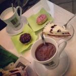 Cioccolata bianca, nera e dolci! ��