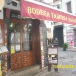 Photo de Bodega Taberna Rafae