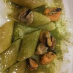Pennoni con vellutata di broccoli e cozze