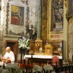 Celebrando la misa
