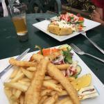 Fish and chips et pomme de terre farcie