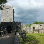 Aughnanure Castle vicino al campo da golf tra Oughterard e Galway