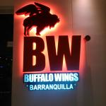 Al lado del hotel encuentran un Buffalo Wings