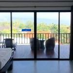 Deluxe Balcony Family Room