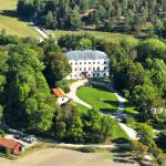 Husby Manor
