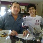 Almorzando con Joaquin Cruz y Vanesa, Morado Villa Morra