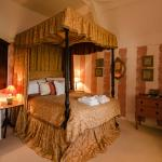 The Tudor Room, Tudor Cottage B & B