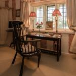 The Tudor Room, Double with Four Poster, Tudor Cottage, B & B