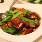 Filet Mignon Cubes with Mixed Vegetables in Oyster Sauce