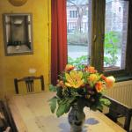 A nice Cafe with charm and colour (21/Jan/15).