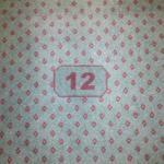 Nicht nur an der Tür, sondern auch am Teppich: die Zimmer Nr.