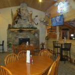 Lakeside Motel and Resort