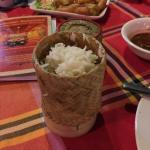 Copo do arroz destampado, com abobrinhas empanadas só fundo