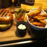 Treffin Cheese Burger