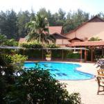 Photo de Batu Burok Beach Resort