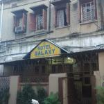 Fachada del hotel Galaxy