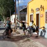 despidiendo amigos viajeros en bici