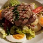 Tuna steak nicoise