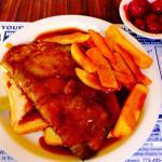 Hot roast beef sandwich with gravy yummy