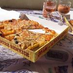 lunch delivery mister pizza