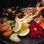 mini parrillada de marisco con verduras