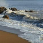 Grandes marées janvier 2015 . A marée montante plage de Monsieur Hulot