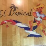 Foto de El Tropical Cuban Restaurant
