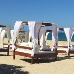 La playa cuenta con una zona muy cómoda y bien atendida por el equipo del hotel