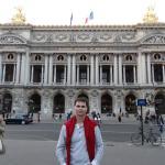 Fica a 10 minutos andando da Opera Garnier