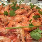 Steamed coral shrimp