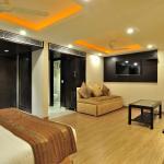 Hotel Sai Miracle & FabHotels