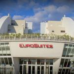 Welcome to EuroSuites Hotel, your Shopping Hotel in Doral