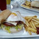 Menú Hamburguesa Completa.